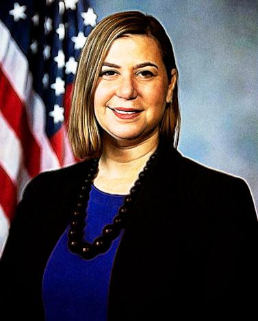 portrait of Elissa Slotkin '98