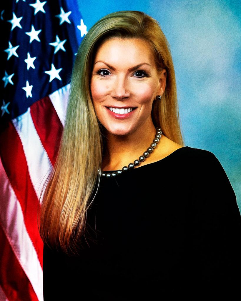 portrait of Beth Van Duyne '95