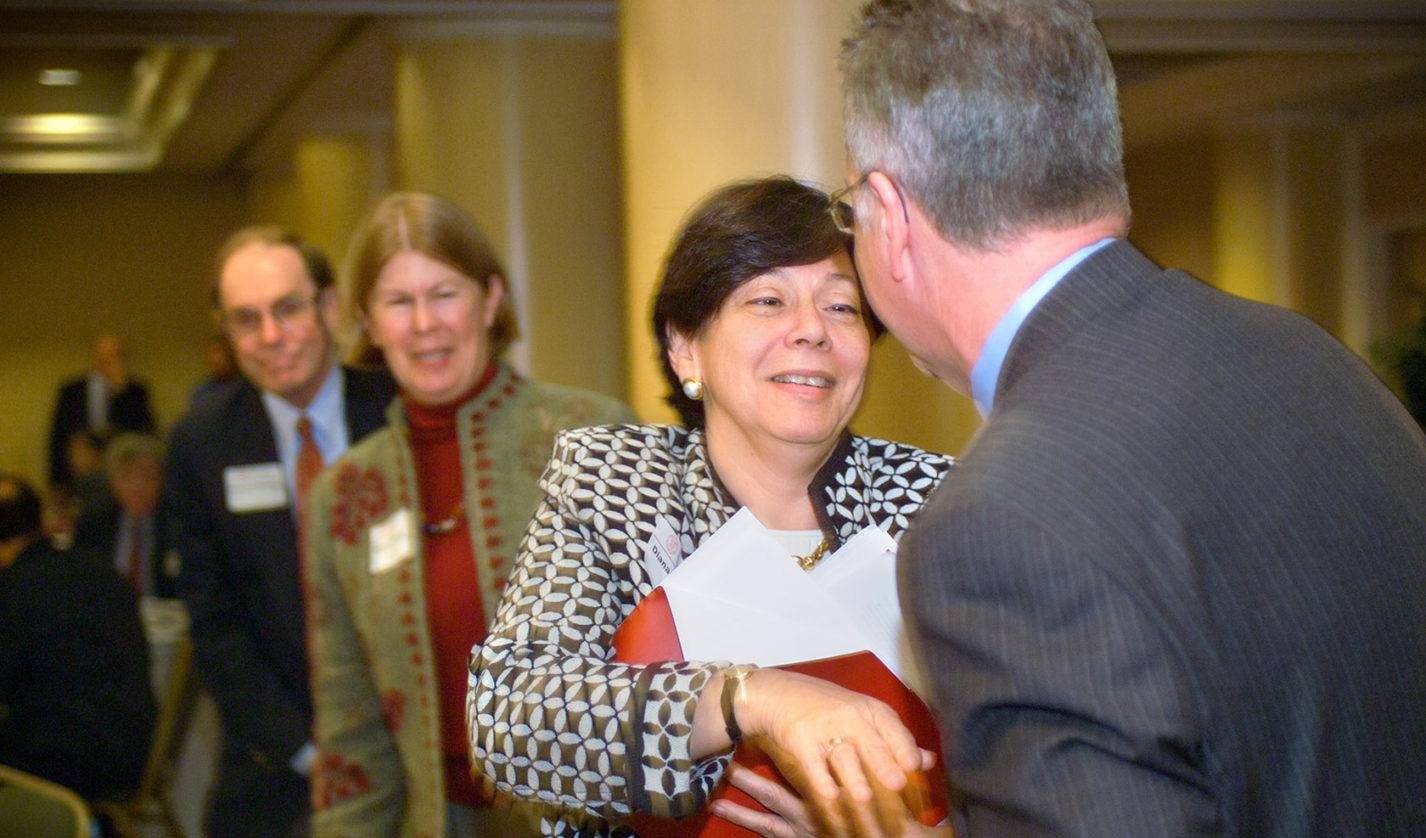 Diana Daniels greets President David Skorton.