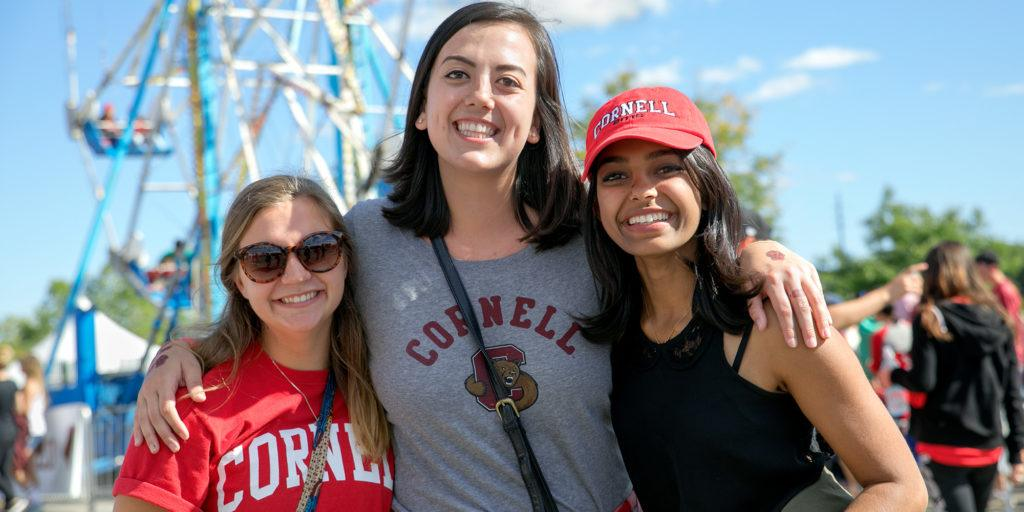 2016 Homecoming Weekend: Students at the Fan Festival.