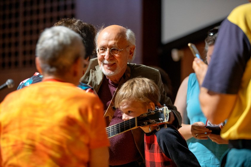 Peter Yarrow '59 (of the iconic singing group Peter, Paul and Mary) greets fans.