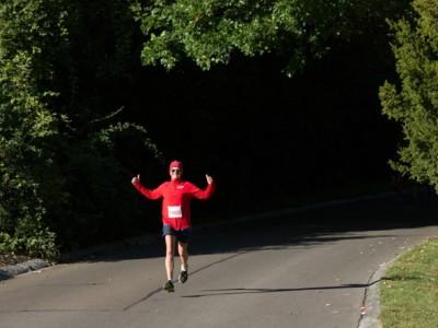 solo male runner