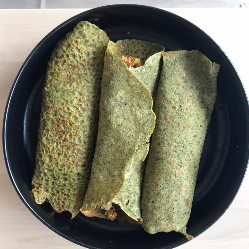 Spinach, arugula crepe with tofu and feta cheese