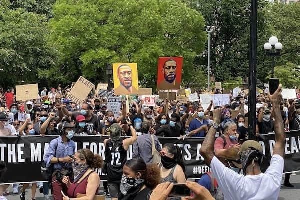 BLM protestors on the street