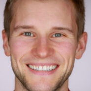 Andrew Brady '10