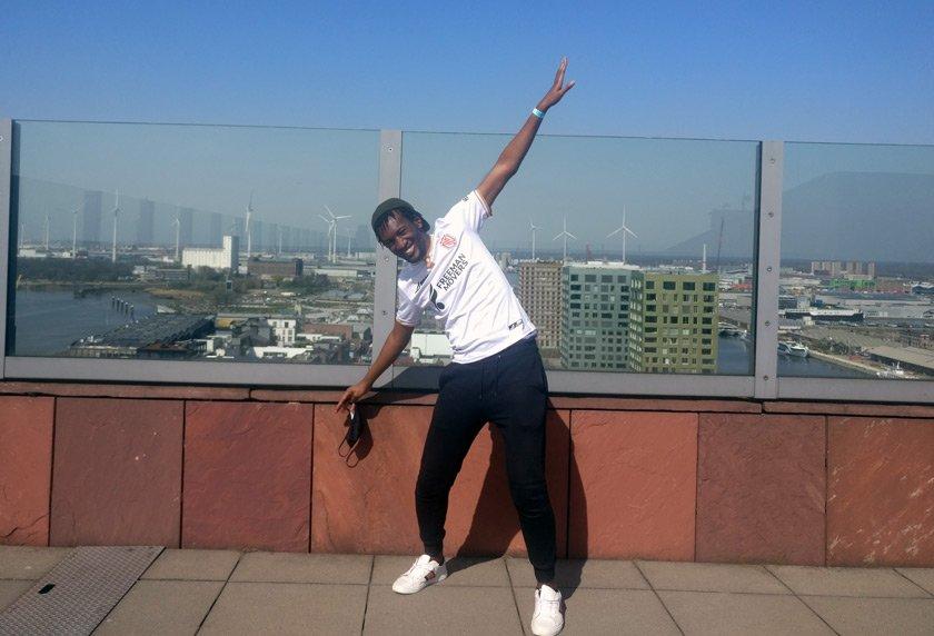Daniel creating big windmill energy on the rooftop of the Museum aan de Stroom in Antwerp.